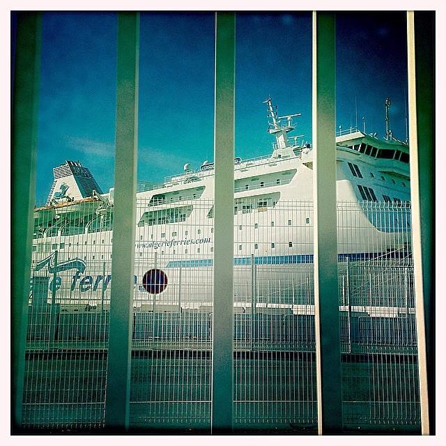 Voyage ou prison ?