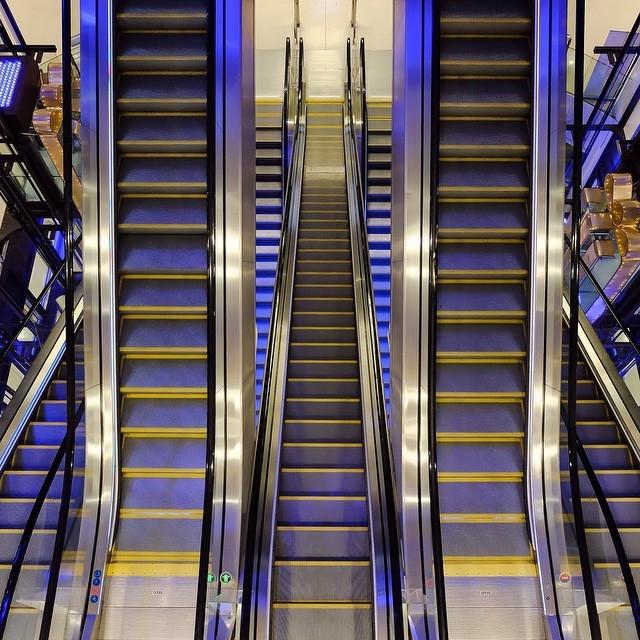 Escalator du port
